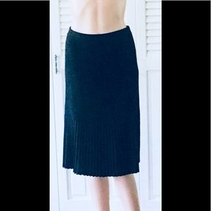 MISOOK🌹Stunning and Sophisticated Pleated Skirt!